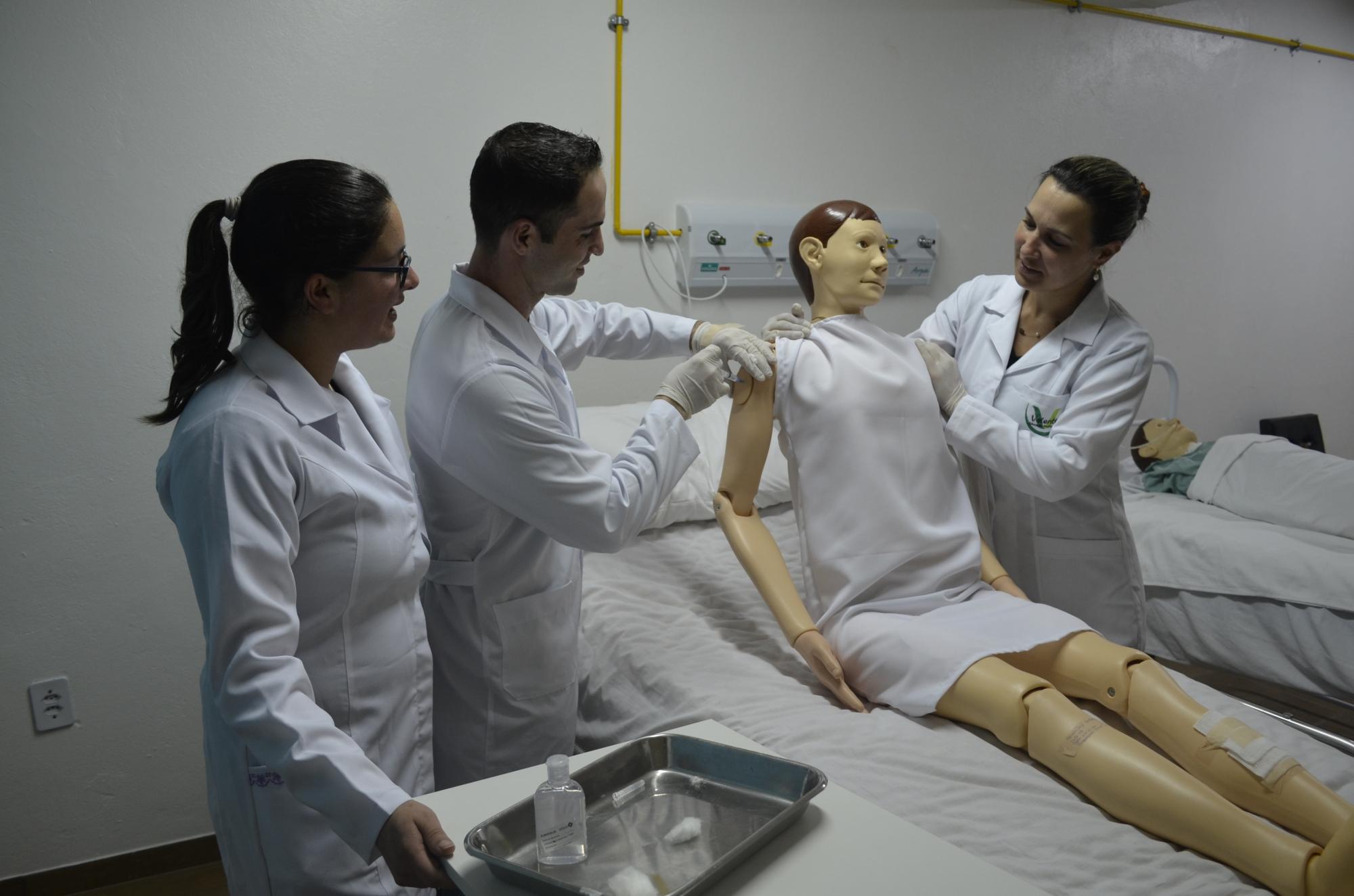 Trabalhar como tecnico de enfermagem